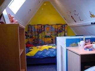 Het huis en dergelijke van de familie kaatman - Trap toegang tot zolder ...